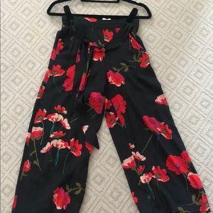 Aritzia/Wilfred black floral pants, size XS